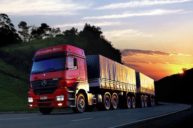 PRF e MP irão fiscalizar jornadas de trabalho dos caminhoneiros