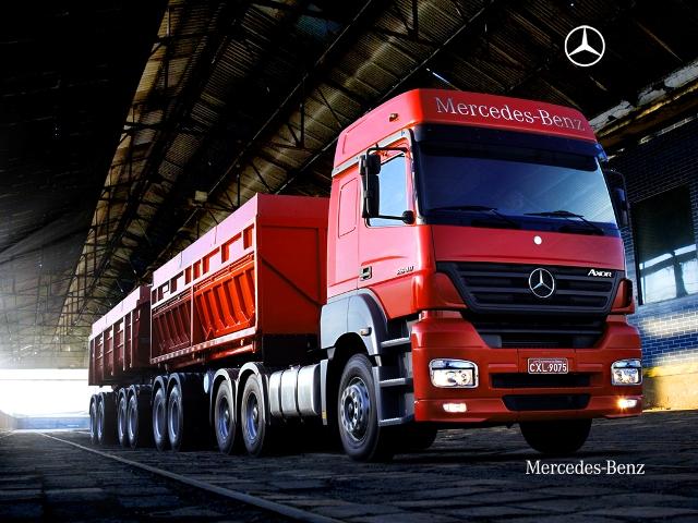 Caminhão-Mercedes-Axor-2640