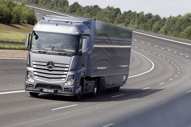 Caminhão-Mercedes