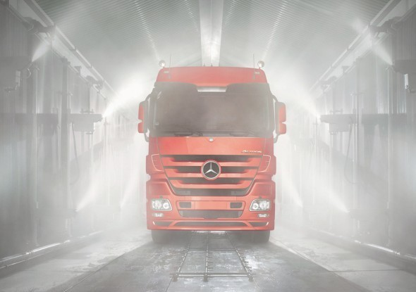 Actros1-590x472