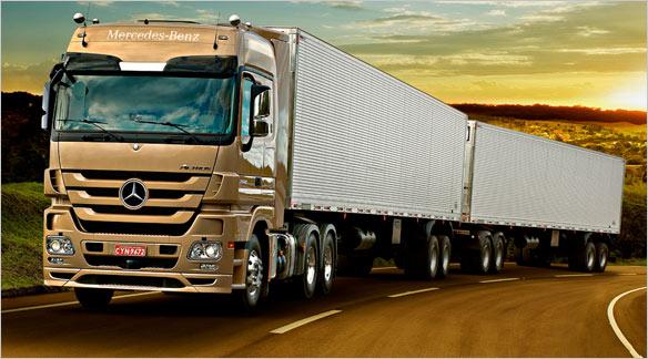 Caminhões-Mercedes-Benz